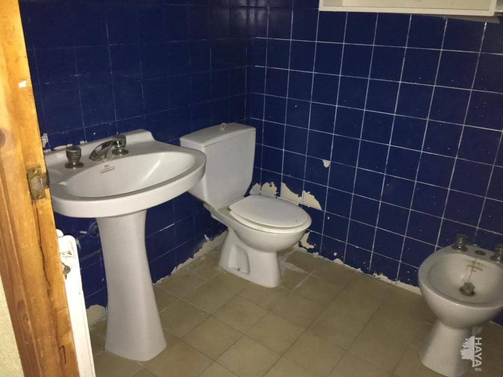 Piso en venta en Piso en Villarrobledo, Albacete, 40.100 €, 3 habitaciones, 1 baño, 105 m2