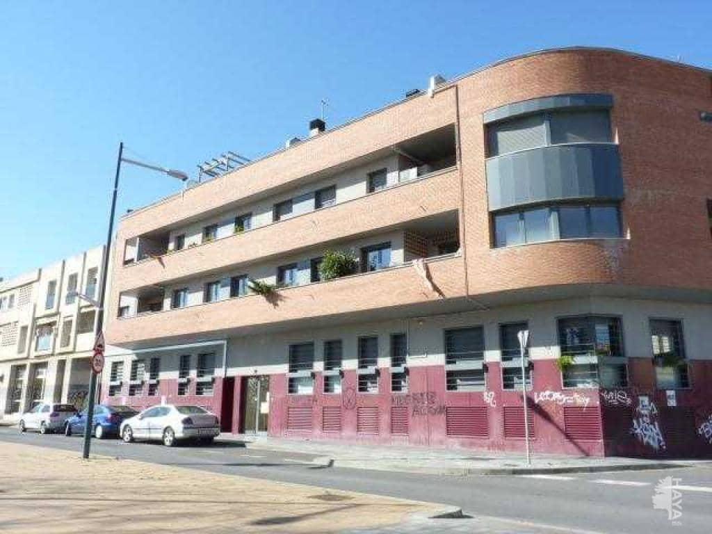 Piso en venta en Pardinyes, Lleida, Lleida, Avenida Pearson, 111.800 €, 3 habitaciones, 1 baño, 81 m2