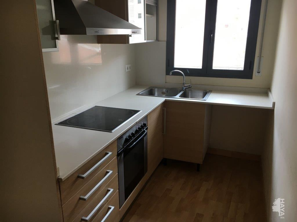 Piso en venta en Instituts - Templers, Lleida, Lleida, Calle Ramon Soldevila, 60.000 €, 3 habitaciones, 2 baños, 92 m2