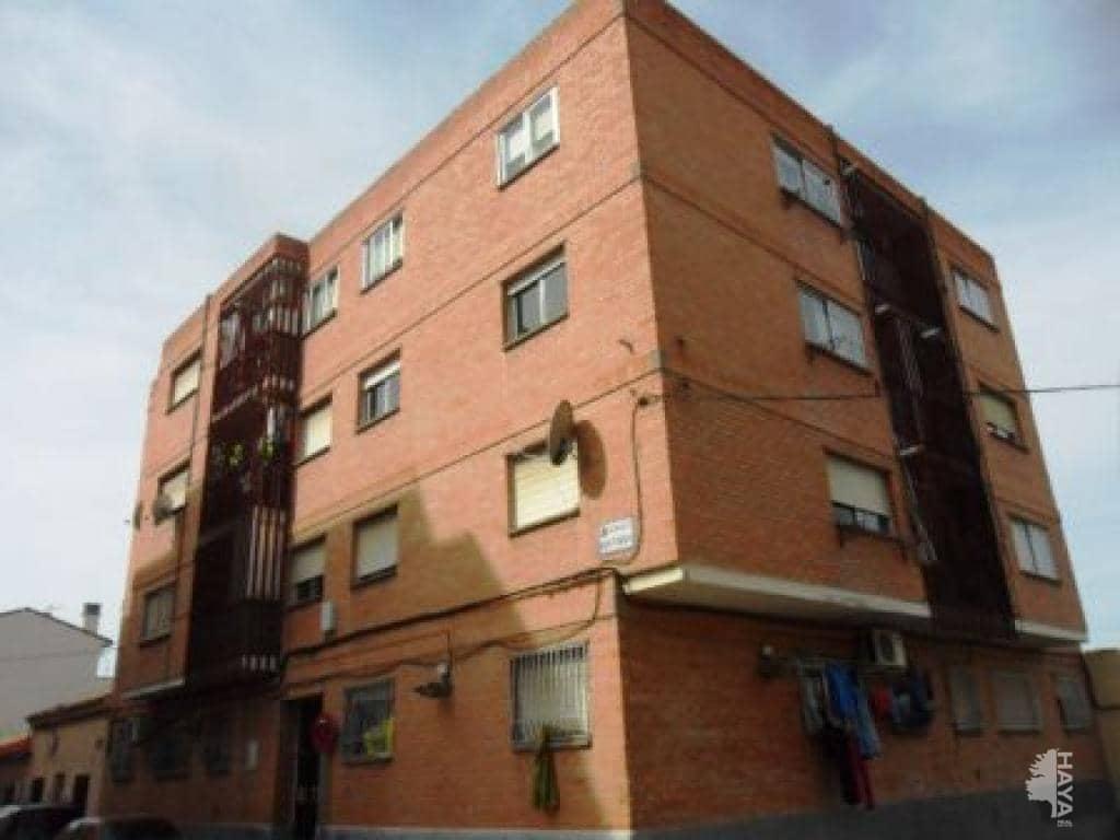 Piso en venta en Oliver, Zaragoza, Zaragoza, Calle Mosen Vicente Bardaviu, 54.000 €, 2 habitaciones, 2 baños, 79 m2