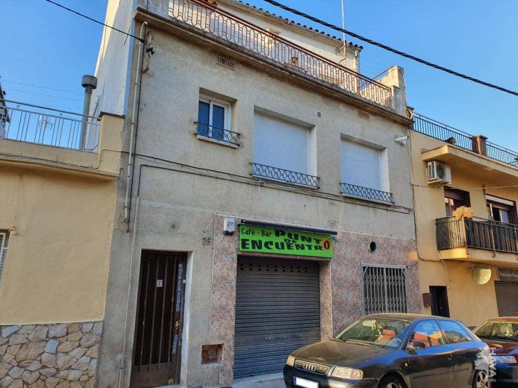 Piso en venta en Tordera, Tordera, Barcelona, Calle Romero de Torres, 78.400 €, 3 habitaciones, 1 baño, 82 m2