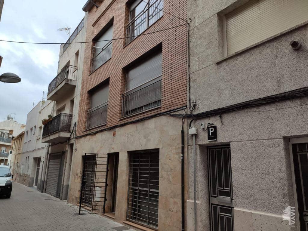 Piso en venta en La Barriada Nova, Canovelles, Barcelona, Pasaje Victoria, 120.000 €, 3 habitaciones, 1 baño, 96 m2