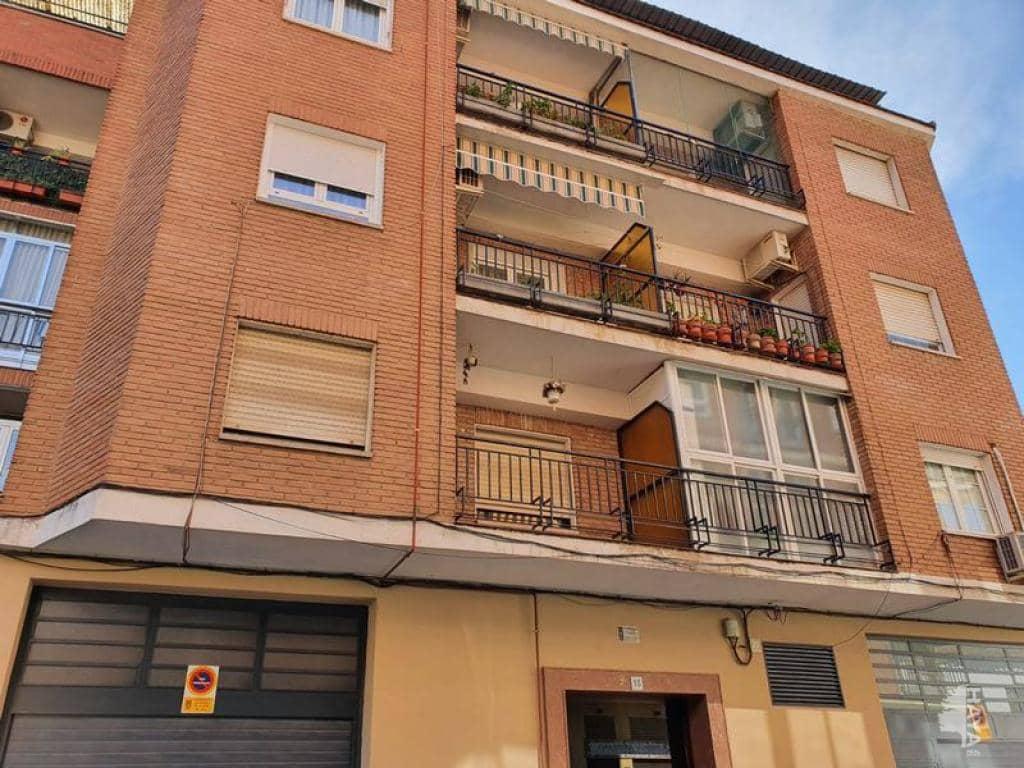 Piso en venta en Barrio de Santa Maria, Talavera de la Reina, Toledo, Calle San Juan Bautista la Salle, 81.800 €, 3 habitaciones, 2 baños, 146 m2
