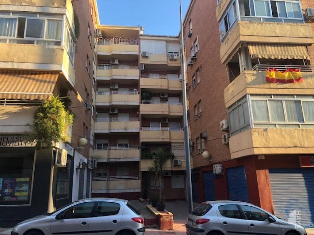 Piso en venta en Bailén, Jaén, Calle Sevilla, 86.900 €, 4 habitaciones, 1 baño, 113 m2