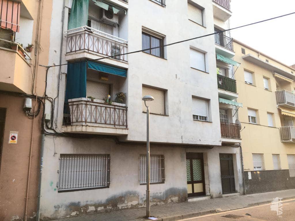 Piso en venta en La Barriada Nova, Canovelles, Barcelona, Calle Congost, 88.700 €, 3 habitaciones, 1 baño, 63 m2
