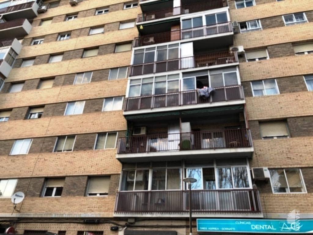 Piso en venta en La Paz, Zaragoza, Zaragoza, Avenida Cuarta Avenida, 94.000 €, 3 habitaciones, 1 baño, 70 m2