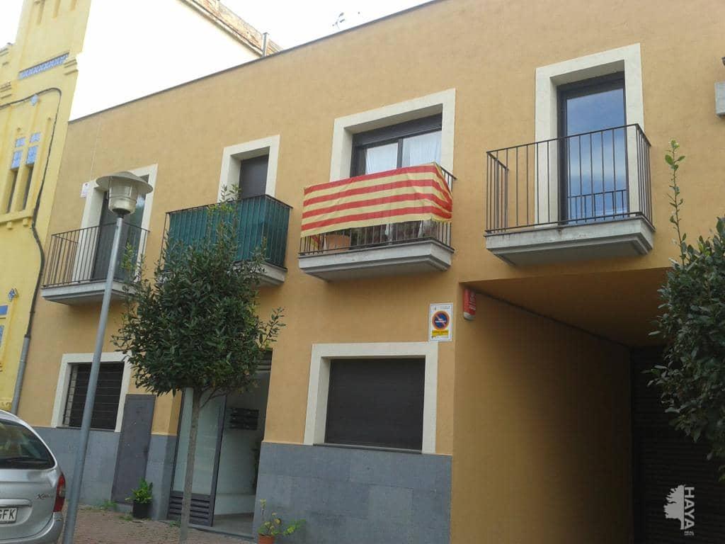 Piso en venta en La Garriga, Barcelona, Plaza Narcisa Freixas, 145.300 €, 3 habitaciones, 2 baños, 85 m2