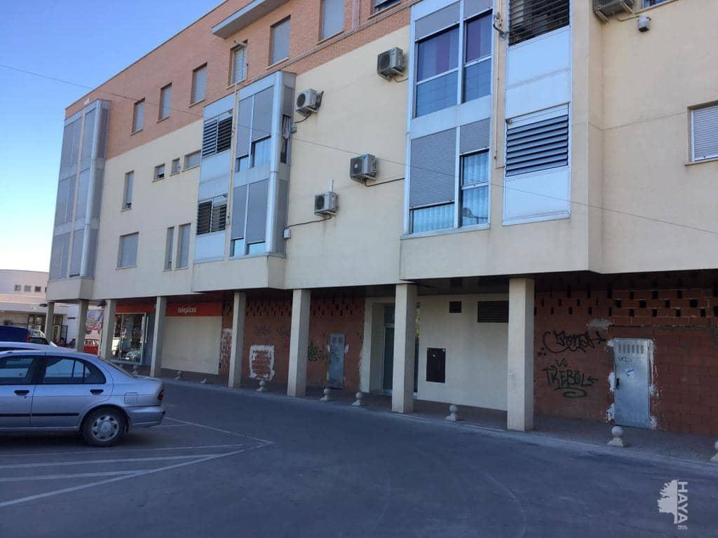 Piso en venta en Quintanar de la Orden, Quintanar de la Orden, Toledo, Avenida Jardines de la Estacion, 96.900 €, 3 habitaciones, 2 baños, 121 m2