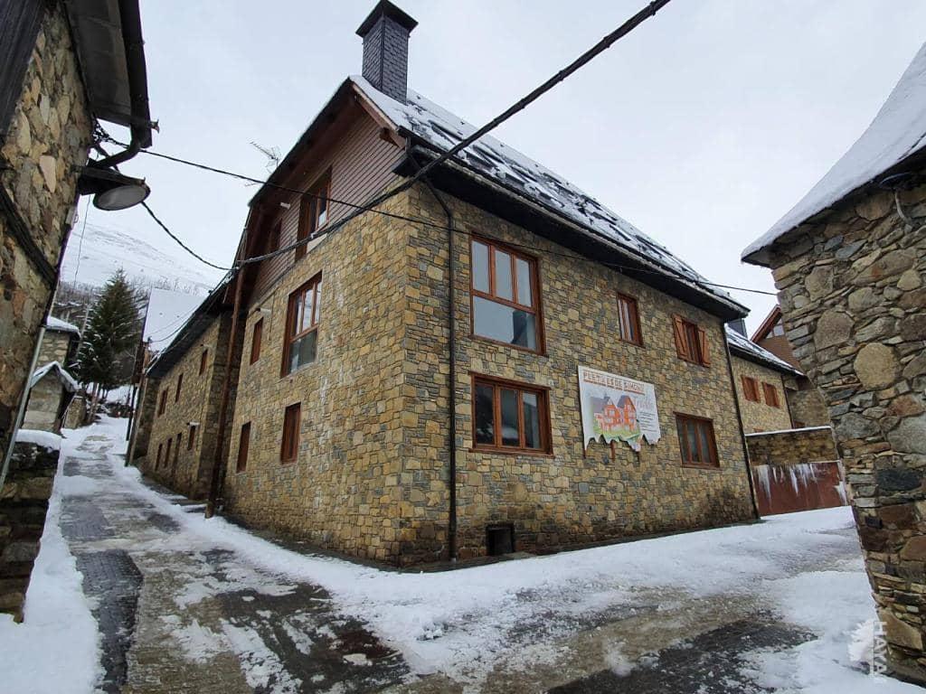Local en venta en Naut Aran, Lleida, Calle Santa Maria, 34.200 €, 60 m2