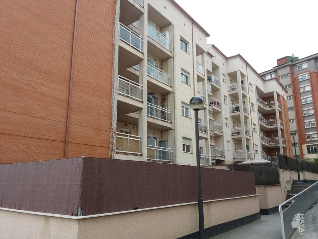 Piso en venta en Vic, Barcelona, Calle Omnium Cultural (l), 100.600 €, 4 habitaciones, 2 baños, 113 m2
