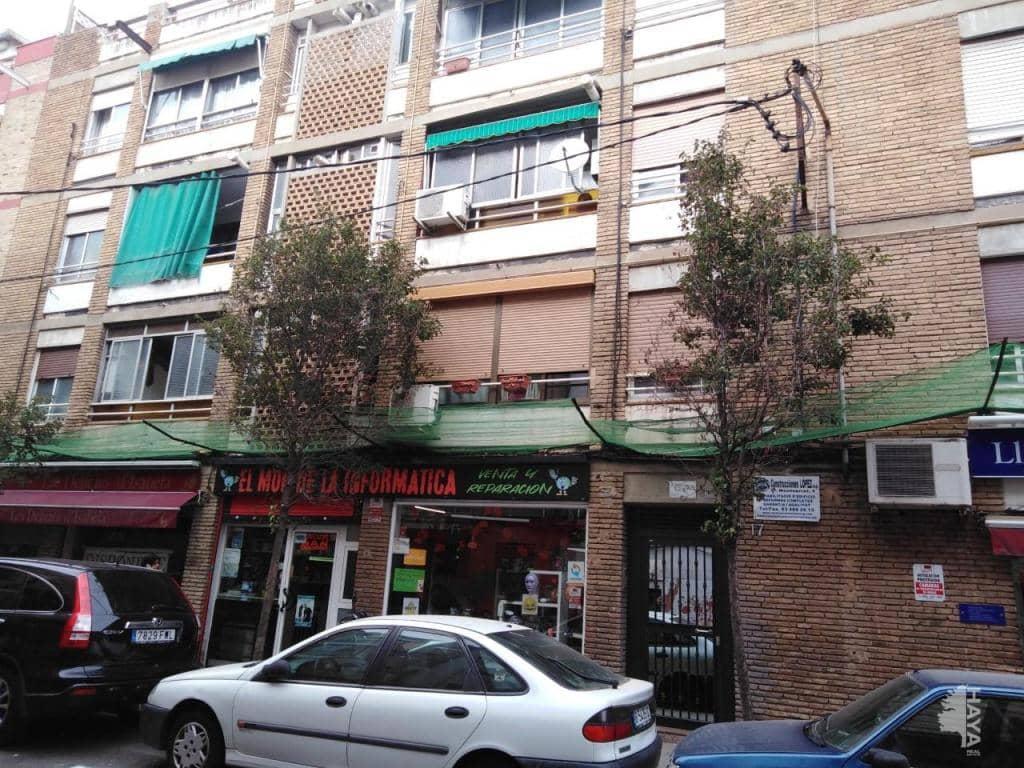 Piso en venta en Santa Coloma de Gramenet, Barcelona, Calle Mila I Fontanals, 101.300 €, 3 habitaciones, 2 baños, 82 m2
