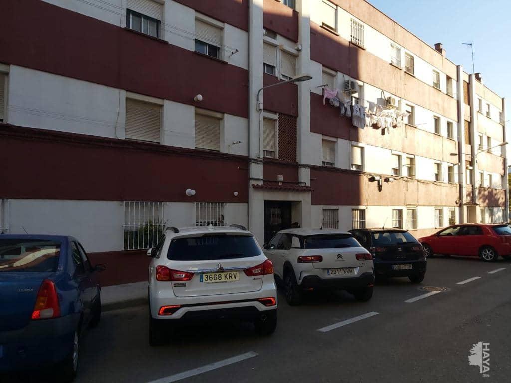 Piso en venta en Algeciras, Cádiz, Calle Rocio, 44.000 €, 3 habitaciones, 1 baño, 78 m2