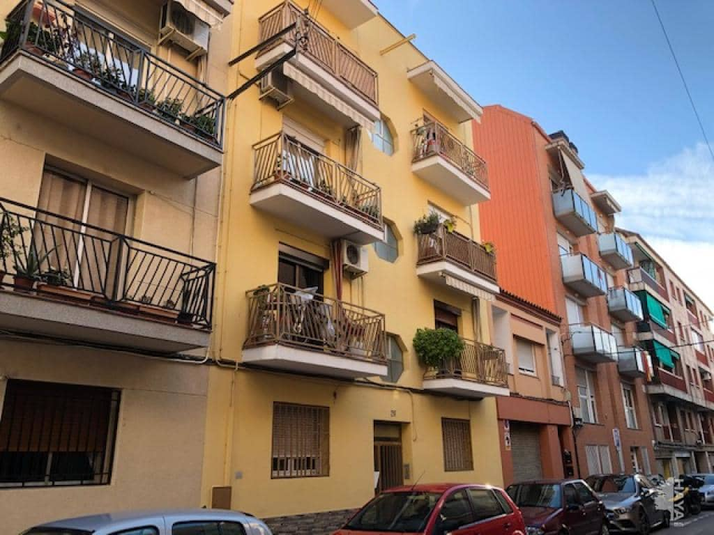 Piso en venta en Sant Andreu de la Barca, Barcelona, Calle Sol (del), 110.500 €, 3 habitaciones, 1 baño, 76 m2