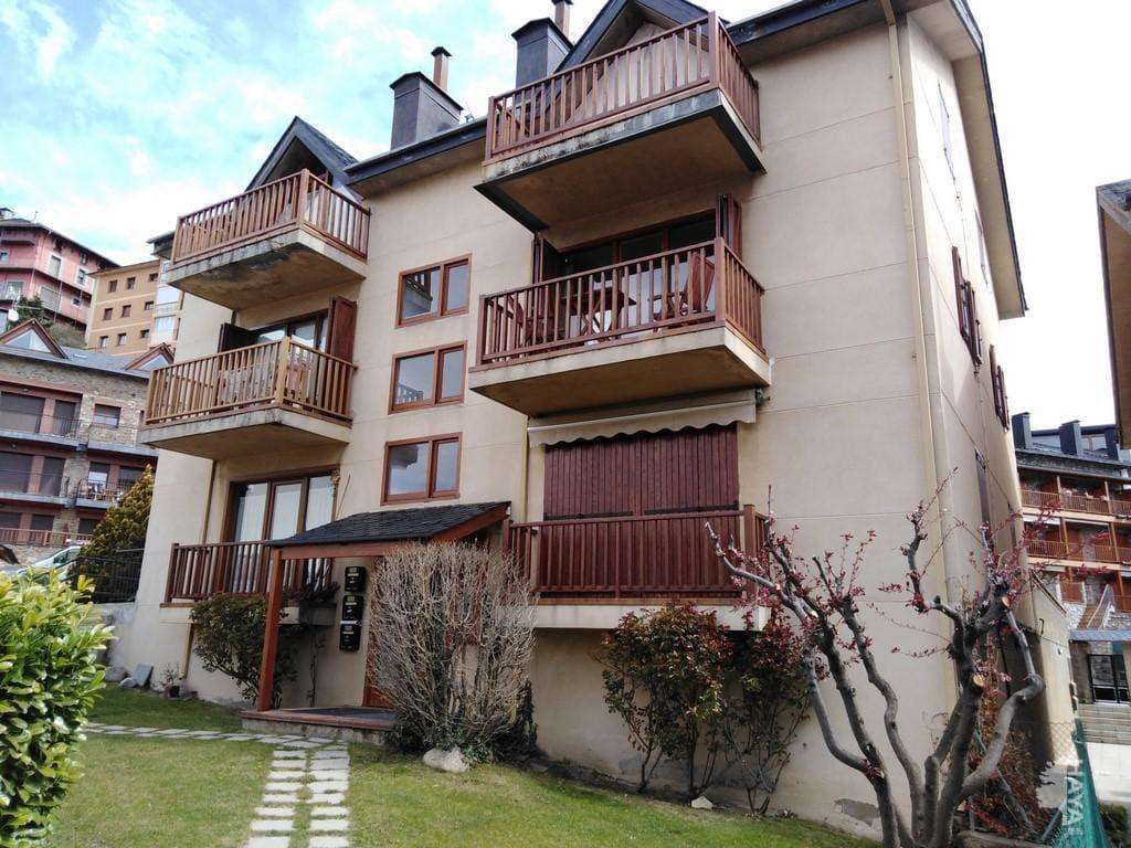Piso en venta en Puigcerdà, Girona, Calle Hostal del Sol, 187.500 €, 4 habitaciones, 3 baños, 78 m2