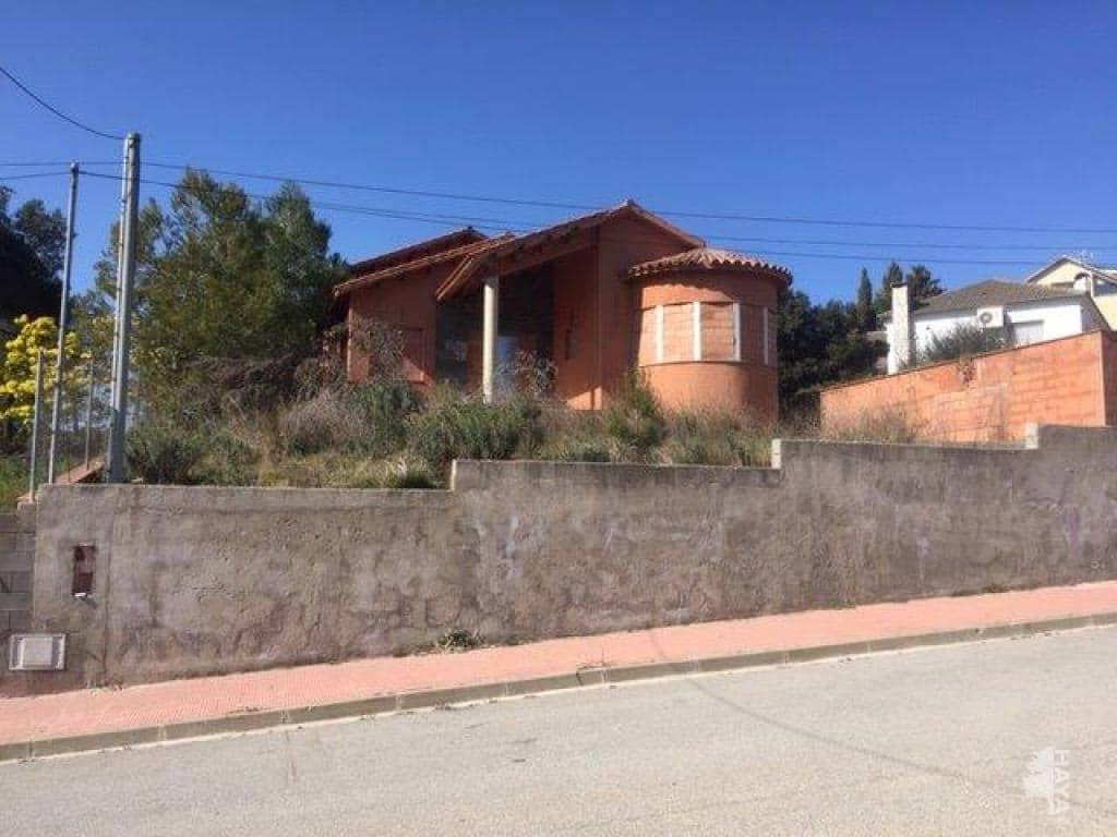 Piso en venta en Vallirana, Barcelona, Calle Riu Besos, 284.100 €, 3 habitaciones, 2 baños, 243 m2