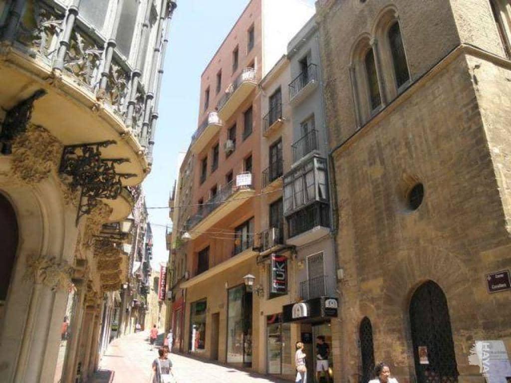 Piso en venta en Centre Històric, Lleida, Lleida, Calle Cavallers, 48.700 €, 2 habitaciones, 1 baño, 51 m2