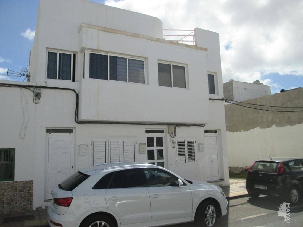 Piso en venta en Arrecife, Las Palmas, Calle Monterrey, 71.600 €, 2 habitaciones, 1 baño, 61 m2