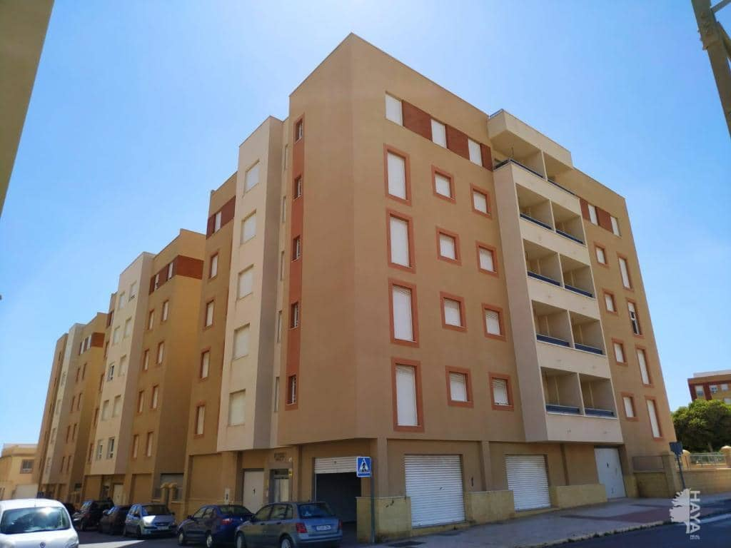 Piso en venta en Vícar, Almería, Calle Canjayar, 59.000 €, 1 habitación, 1 baño, 71 m2