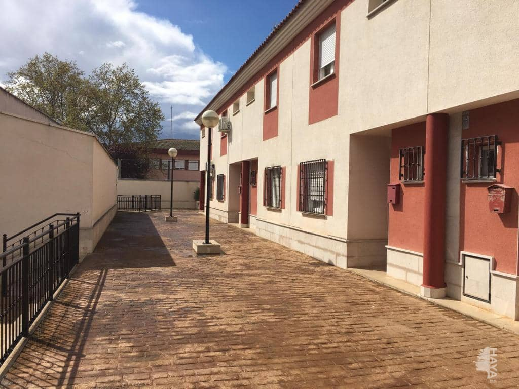 Casa en venta en Tomelloso, Ciudad Real, Calle San Antonio, 94.200 €, 3 habitaciones, 2 baños, 136 m2