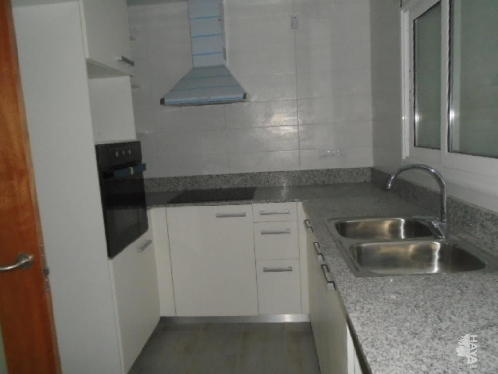 Casa en venta en L` Ametlla del Vallès, Barcelona, Calle Portus, 219.200 €, 3 habitaciones, 2 baños, 201 m2