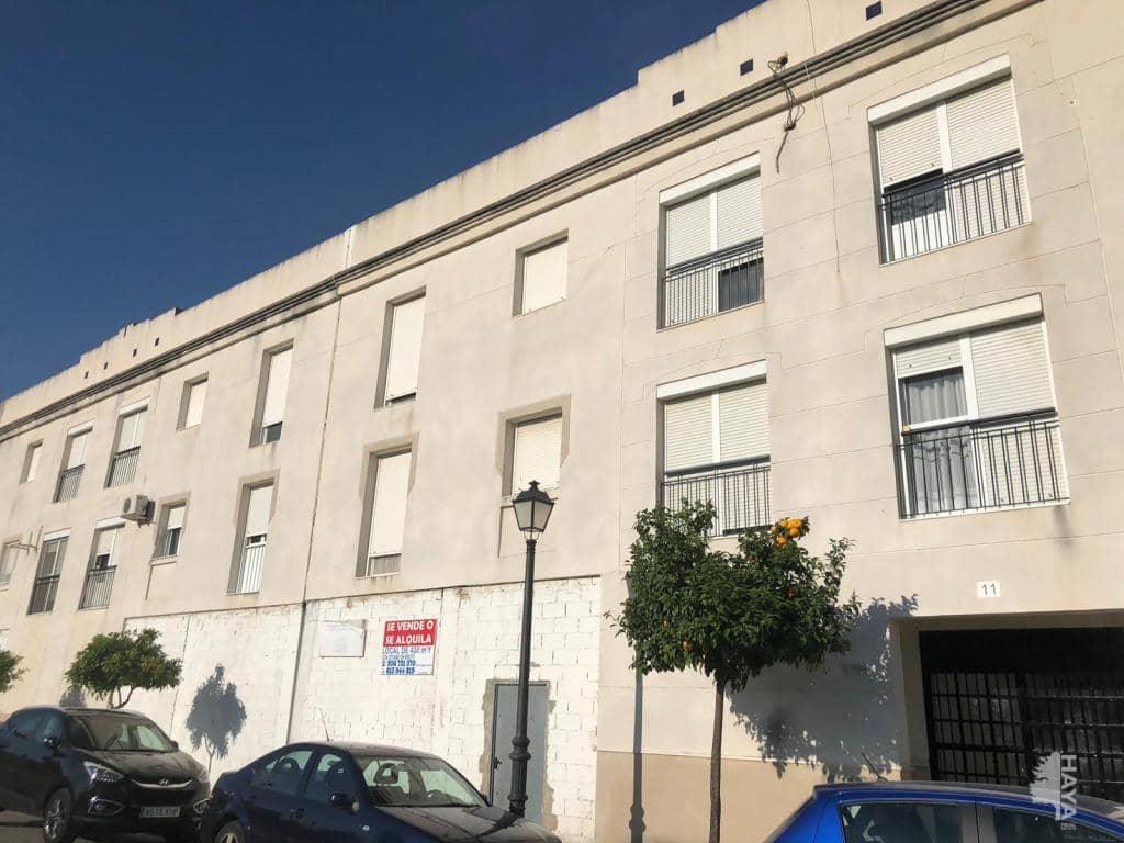 Piso en venta en Arcos de la Frontera, Cádiz, Calle Buleria, 52.000 €, 3 habitaciones, 1 baño, 70 m2