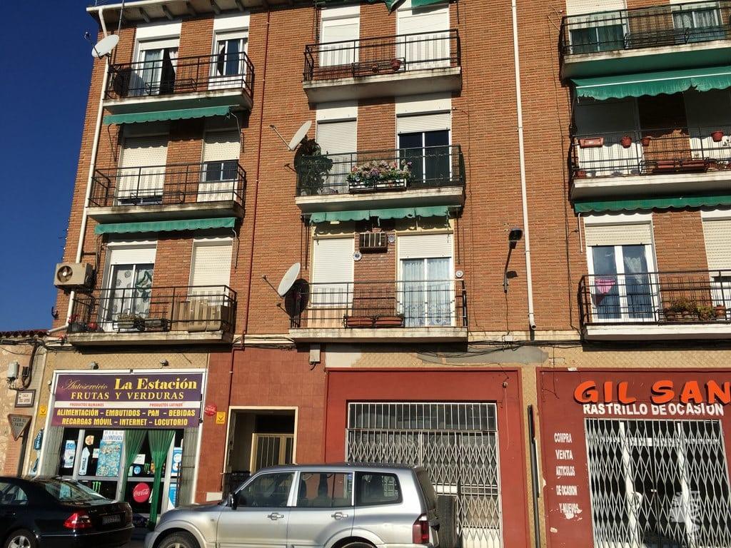 Piso en venta en Torrijos, Toledo, Calle Cirilo Montero, 55.031 €, 3 habitaciones, 1 baño, 95 m2