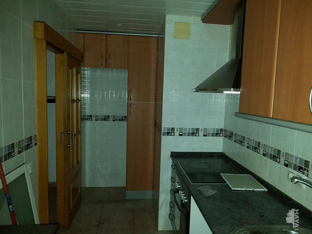 Piso en venta en Sabadell, Barcelona, Plaza Vicens I Vives, 112.200 €, 3 habitaciones, 1 baño, 61 m2