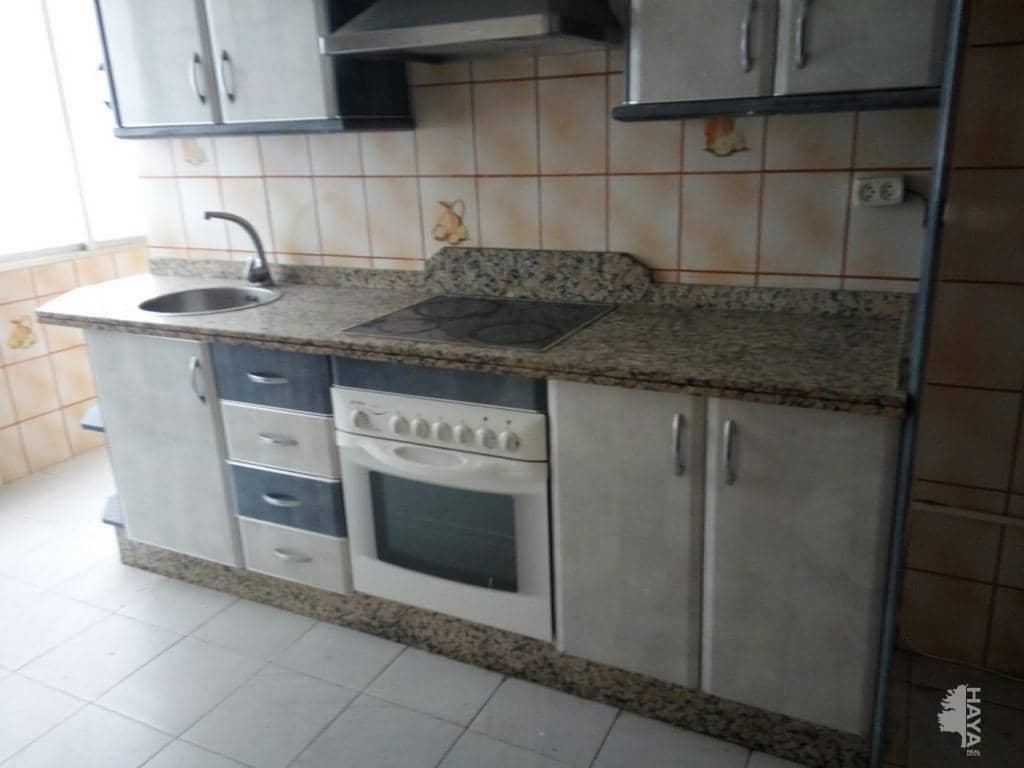 Piso en venta en Huelva, Huelva, Calle Sanlucar de Guadiana, 82.000 €, 3 habitaciones, 1 baño, 56 m2