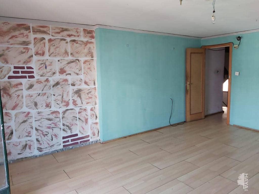 Piso en venta en Gandia, Valencia, Plaza El.liptica, 45.000 €, 3 habitaciones, 1 baño, 98 m2