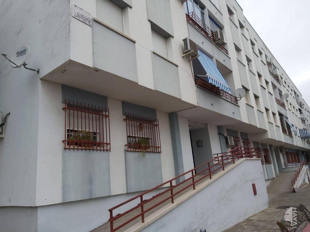 Piso en venta en Distrito 6, Mérida, Badajoz, Calle Bellavista, 97.200 €, 1 baño, 119 m2