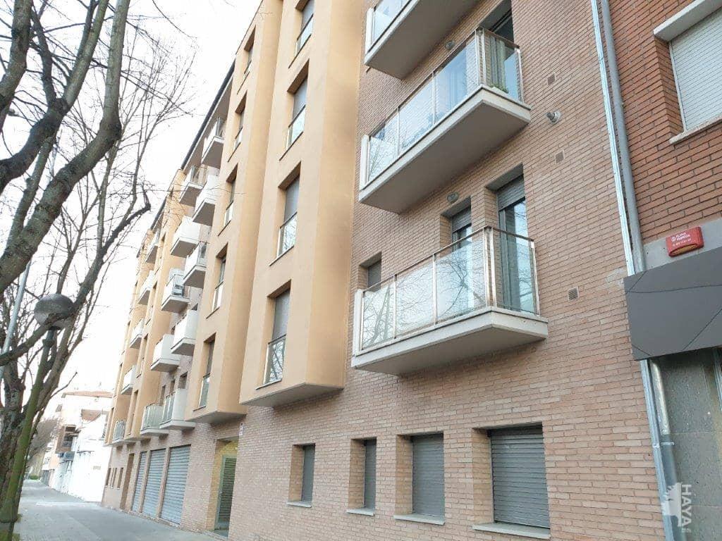 Piso en venta en Can Moca, Olot, Girona, Calle Carrera Tries, 85.000 €, 3 habitaciones, 1 baño, 69 m2