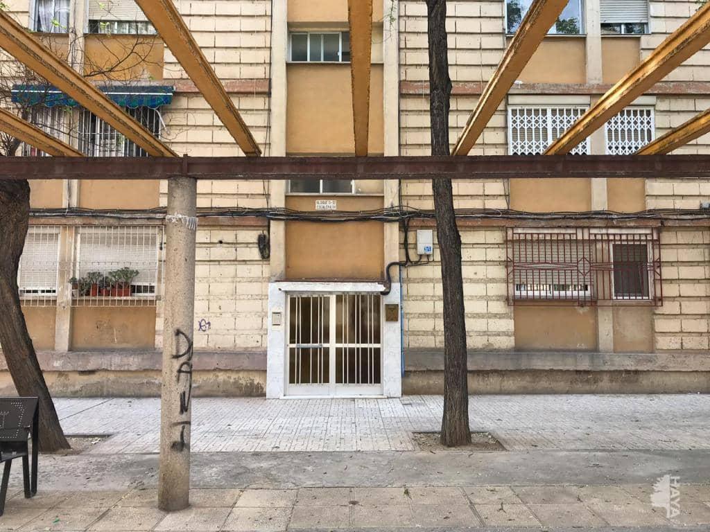 Piso en venta en Murcia, Murcia, Murcia, Avenida Primero de Mayo D-13,, 37.800 €, 3 habitaciones, 1 baño, 56 m2