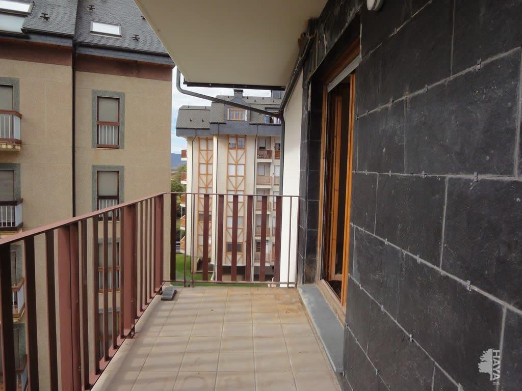 Piso en venta en Jaca, Huesca, Calle Infantadoa Sancha, 121.000 €, 2 habitaciones, 1 baño, 64 m2
