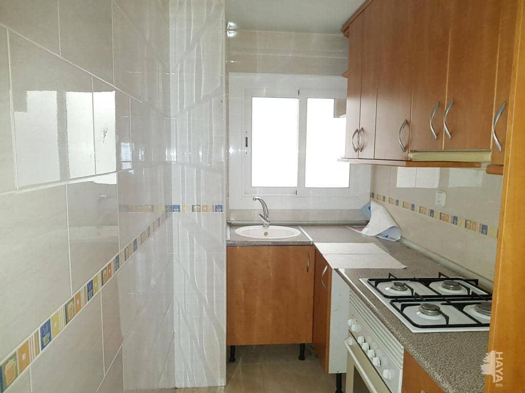 Piso en venta en Sabadell, Barcelona, Calle Lepant, 74.395 €, 3 habitaciones, 1 baño, 77 m2