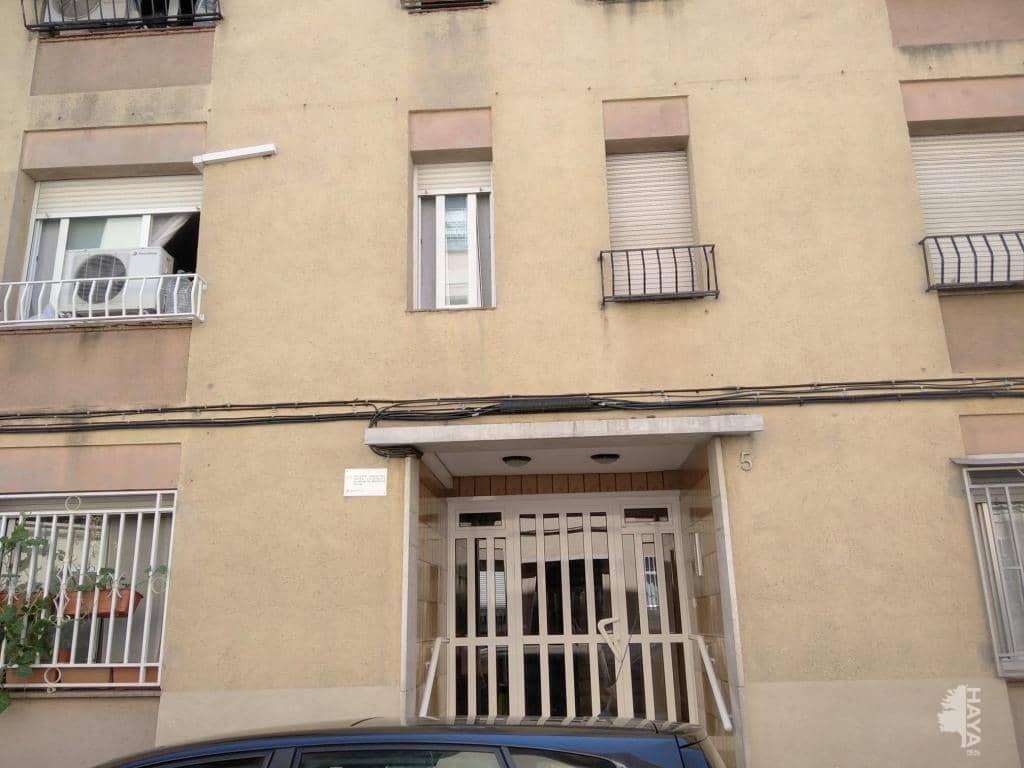 Piso en venta en Sabadell, Barcelona, Calle Persi, 115.000 €, 3 habitaciones, 1 baño, 65 m2