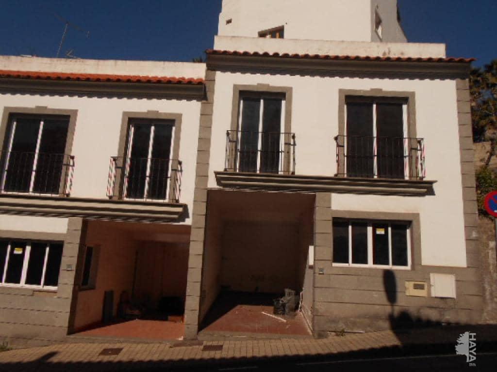 Piso en venta en Teror, Las Palmas, Camino Real Teror Valleseco, S/n, 118.400 €, 3 habitaciones, 1 baño, 76 m2