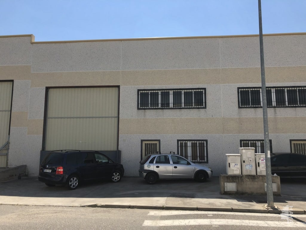 Industrial en venta en Numancia de la Sagra, Toledo, Calle Transportistas, 140.000 €, 409 m2