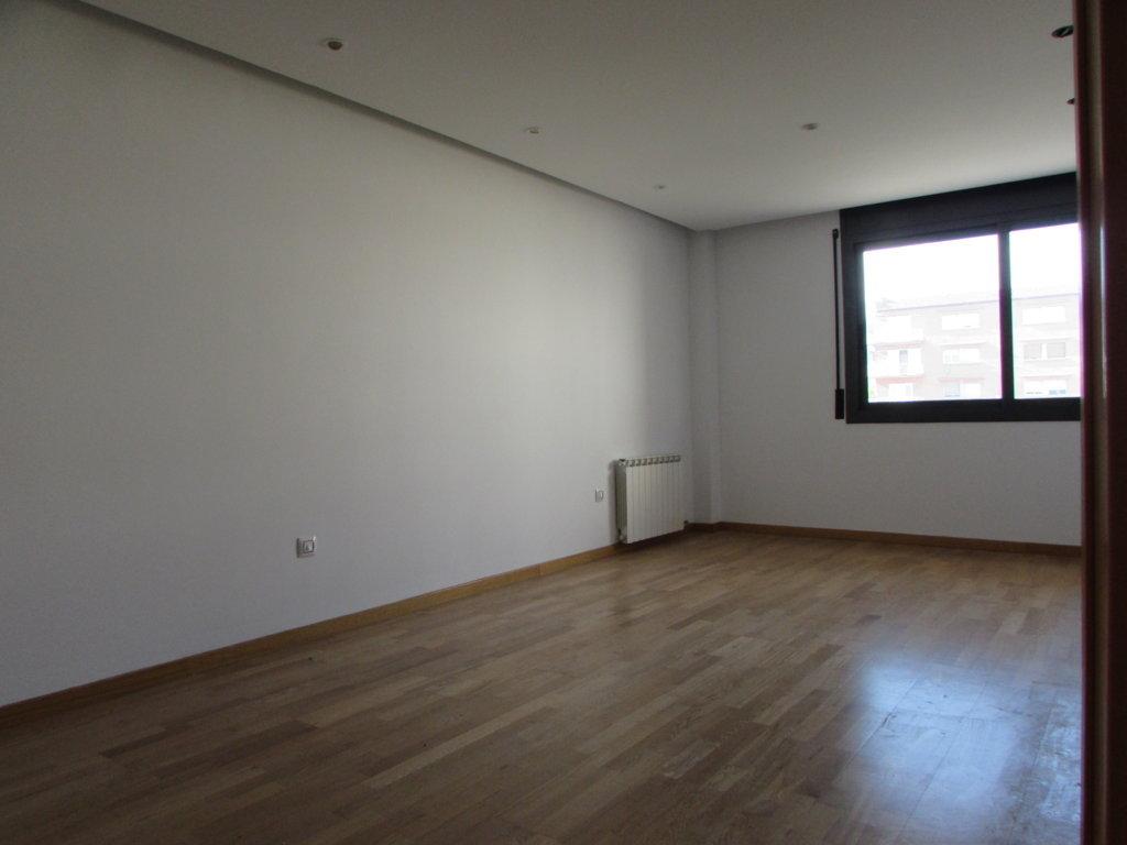Piso en venta en Torre del Gil, Navàs, Barcelona, Calle Valldeperes, 119.000 €, 3 habitaciones, 1 baño, 103 m2