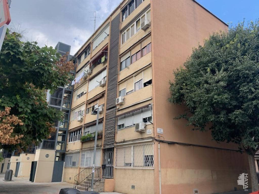 Piso en venta en Sant Martí, Barcelona, Barcelona, Calle Alfons El Magnanim, 115.000 €, 3 habitaciones, 1 baño, 55 m2