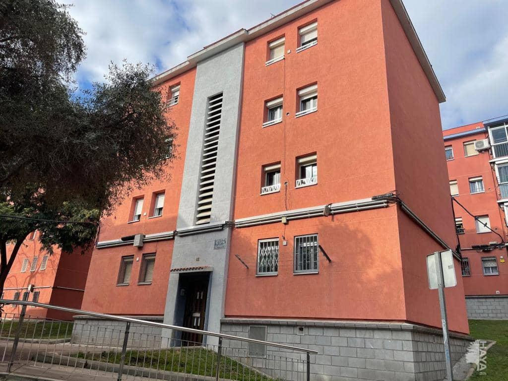 Piso en venta en Nou Barris, Barcelona, Barcelona, Calle Almansa, 80.800 €, 2 habitaciones, 1 baño, 46 m2