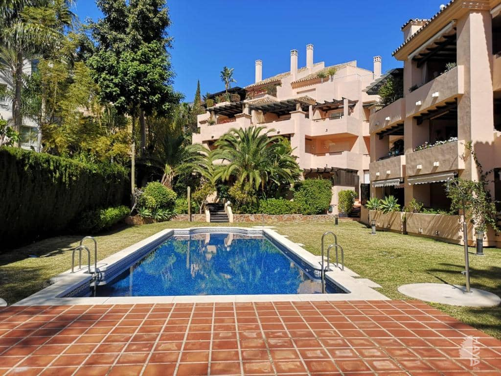 Piso en venta en La Carolina, Marbella, Málaga, Urbanización Virrey de Nagueles, 489.000 €, 4 habitaciones, 4 baños, 190 m2