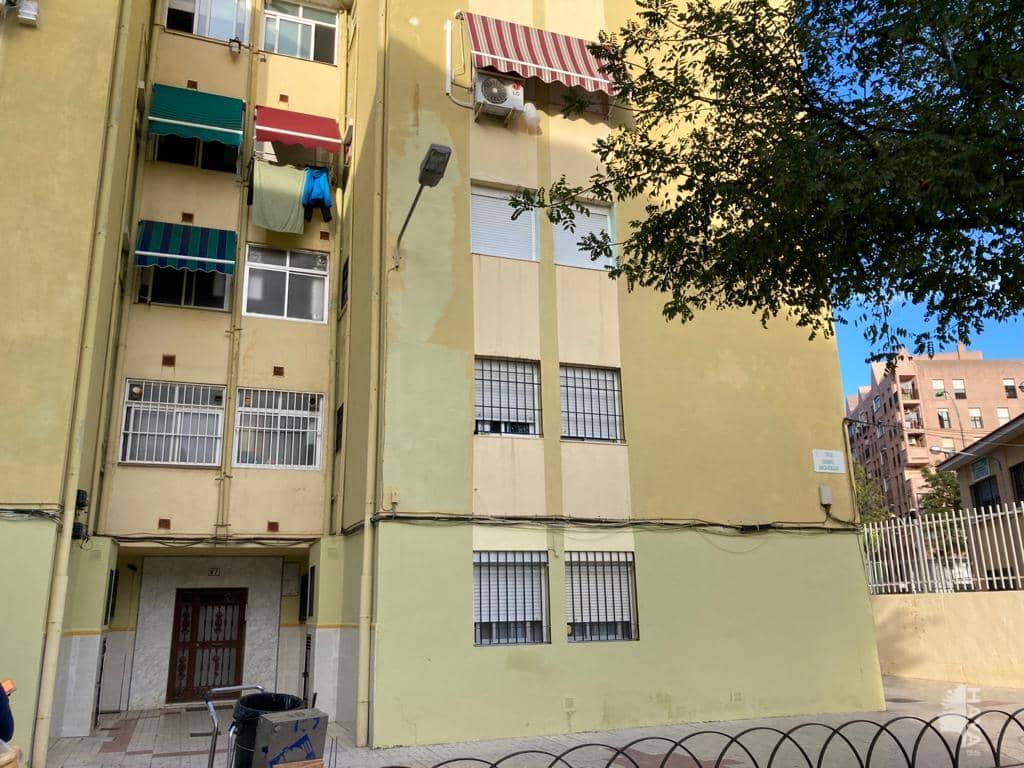Piso en venta en Málaga, Málaga, Calle Sargento Garcia Noblejas, 63.000 €, 2 habitaciones, 1 baño, 67 m2