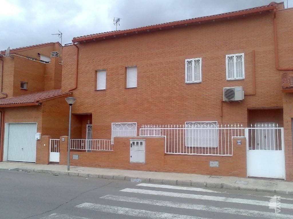 Piso en venta en Chozas de Canmales, Chozas de Canales, Toledo, Calle Toledo, 109.000 €, 5 habitaciones, 3 baños, 178 m2