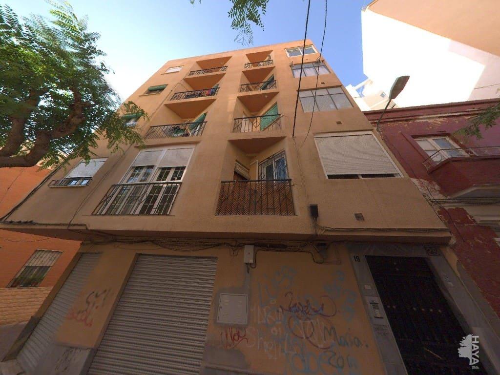 Piso en venta en Almería, Almería, Calle Quemadero Del, 123.300 €, 3 habitaciones, 2 baños, 129 m2