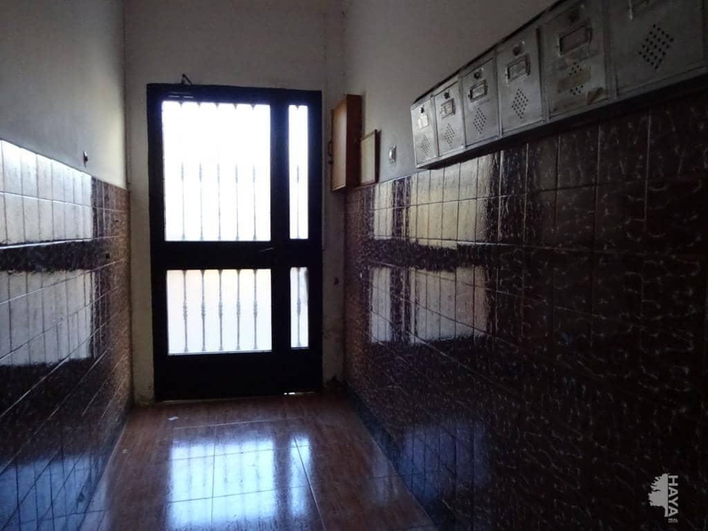 Piso en venta en Almería, Almería, Calle Albarracin, 53.100 €, 4 habitaciones, 2 baños, 54 m2