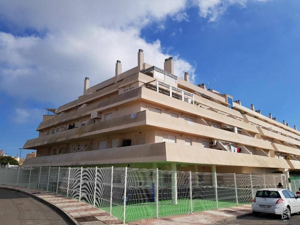 Piso en venta en Urbanización Roquetas de Mar, Roquetas de Mar, Almería, Calle Salvador (el), 103.200 €, 3 habitaciones, 1 baño, 95 m2