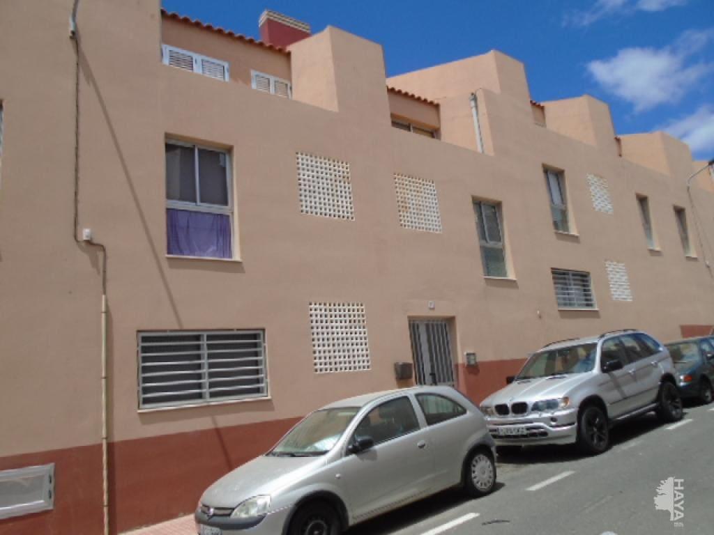 Piso en venta en El Goro, Telde, Las Palmas, Calle Julio Cesar, 114.600 €, 3 habitaciones, 2 baños, 132 m2