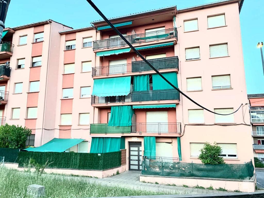 Piso en venta en Hostalric, Hostalric, Girona, Avenida Montseny, 69.800 €, 3 habitaciones, 1 baño, 61 m2