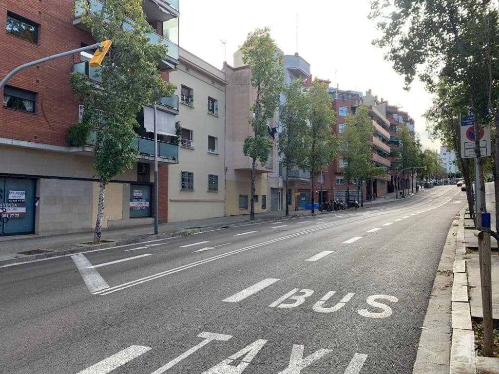 Piso en venta en Horta-guinardó, Barcelona, Barcelona, Pasaje Llivia, 319.000 €, 3 habitaciones, 1 baño, 70 m2