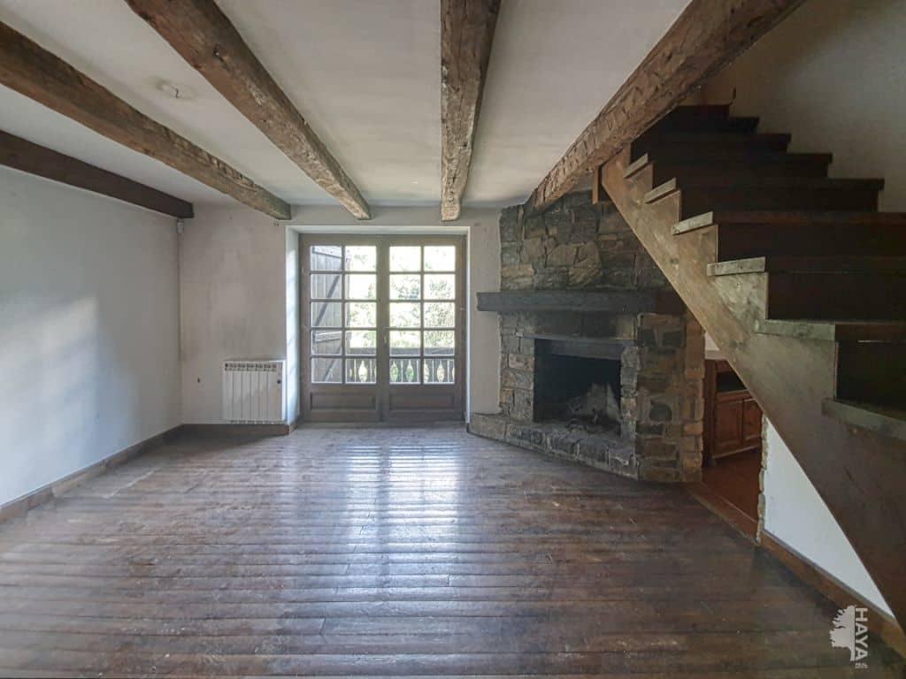 Casa en venta en Naut Aran, Lleida, Calle Carrera Vielha, 243.800 €, 3 habitaciones, 1 baño, 74 m2